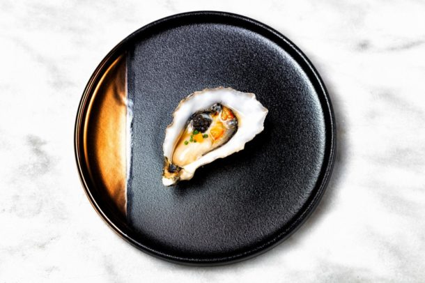 Cuisson // oyster / bloodorange / chive / dashi